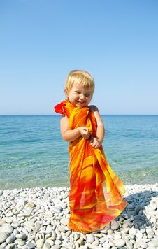 Free Little Girl On Seacoast Stock Photography - 6251632