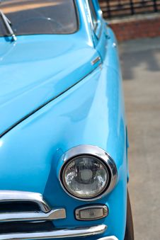 Free Retro Car Royalty Free Stock Photos - 6254768
