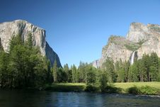 Free River With El Capitan In Background. Stock Photography - 6255172
