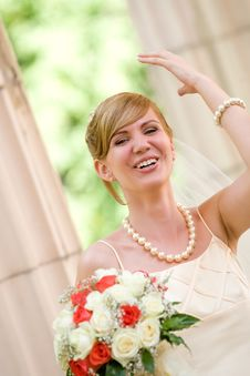 Free Young Beautiful Bride With Flowers Outdoor Royalty Free Stock Image - 6259686