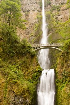 Free Waterfall With Bridge Royalty Free Stock Photos - 6260158