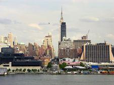 Free Looking Through Manhattan Royalty Free Stock Image - 6260236