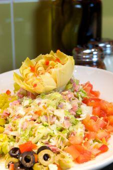 Free Fresh Artichoke Salad Royalty Free Stock Images - 6260399