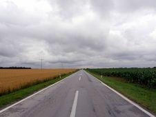 Free Road Across Wheat Fields Stock Photos - 6261933