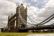 Free London Bridge Royalty Free Stock Image - 6263886
