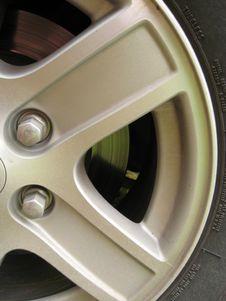 Free Car Wheel Close Up Royalty Free Stock Photos - 6265328