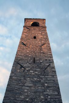 Free Bell Tower Near Garda Lake Italy Royalty Free Stock Photography - 6266287