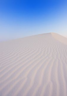 Free The Cool Desert In The Early Morning Royalty Free Stock Photography - 6273757