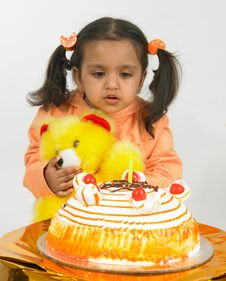 Free Asian Girl Celebrating Birthday Royalty Free Stock Images - 6277959