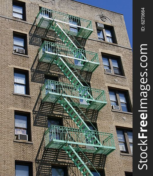 New York City Apartment Buildings: USA New York City Apartment Building Fire Escape_2