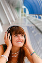 Free Smiling Girl With Headphones Royalty Free Stock Images - 6282389