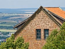 Free House On The Hill Royalty Free Stock Image - 6282066