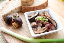 Free Mushrooms Royalty Free Stock Images - 6282439