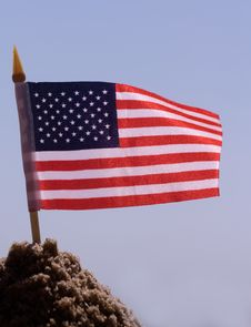 Free American Flag In The Sand Royalty Free Stock Photo - 6284175
