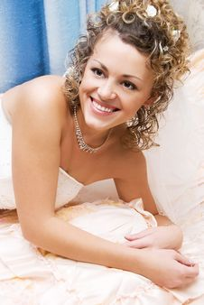 Free Pretty Bride At Home Royalty Free Stock Photography - 6285587