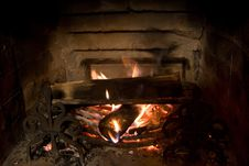 Free Old Fireplace And A Fire Royalty Free Stock Images - 6291419