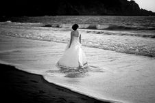 Free Bride Wading Royalty Free Stock Photo - 6297155