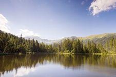 Free Mountain Lake Royalty Free Stock Photos - 6299648