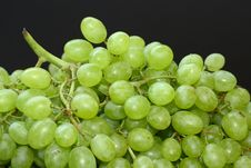 Free Green Grapes On Black Royalty Free Stock Photo - 6299675