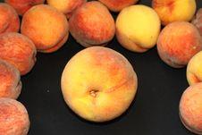 Free Big Juisy Peach Royalty Free Stock Photography - 6299687