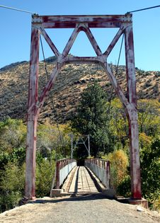 Free Old Suspension Bridge Royalty Free Stock Images - 630139