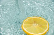 Free Lemon 1 Royalty Free Stock Photo - 630145