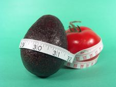 Free Tomato Avocado Measuring Stock Images - 631924