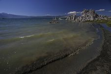 Free Shores Of Mono Lake, California Royalty Free Stock Images - 633299