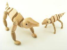 Free Chameleons Of Wood Royalty Free Stock Photo - 633465