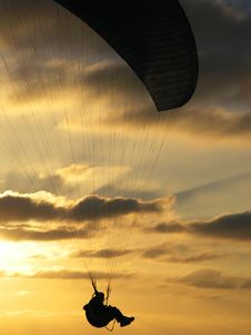 Free Hang Glider In Sunset, Close Royalty Free Stock Photos - 633478