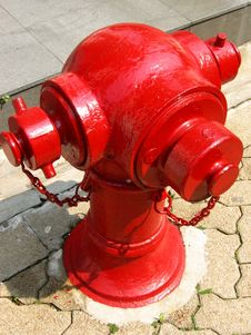 Free Red Fire Hydrant Stock Photography - 634082