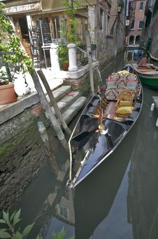 Free Gondola Royalty Free Stock Image - 635106