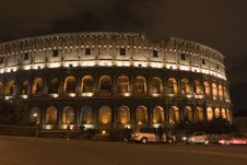 Free Colosseum By Night Royalty Free Stock Photography - 635457
