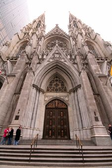 Free Saint Patrick S Cathedral Royalty Free Stock Photography - 639287