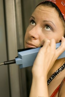 Free Girl Having A Call On A Telephone Royalty Free Stock Photography - 6304107