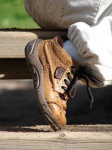 Free Child S Brown Boot Royalty Free Stock Photography - 6307897