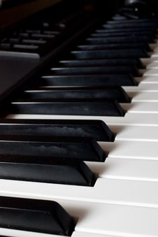 Free Piano Keys Royalty Free Stock Image - 6310586