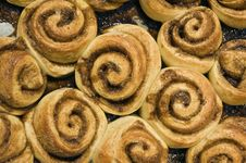 Free Cinnamon Buns Royalty Free Stock Image - 6311266