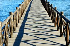 Free Wooden Arch Bridge Stock Photo - 6315660