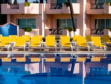 Free Pool Reflection Stock Photo - 6318000