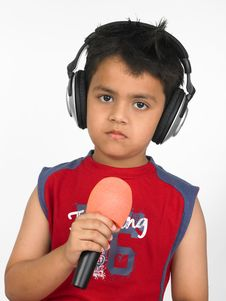 Free Asian Boy With Headphones Royalty Free Stock Image - 6318036