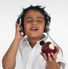 Free Boy Biting A Red Apple Royalty Free Stock Photos - 6319988