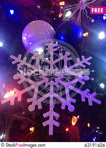 Free Decorations And Lights On A Christmas Tree In Bryant Park. Royalty Free Stock Image - 63191626