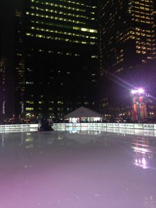Free Ice Skating Rink At Bryant Park In The Evening. Royalty Free Stock Photos - 63191648