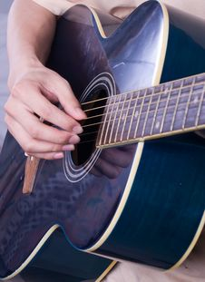 Free Guitar Stock Images - 6321424