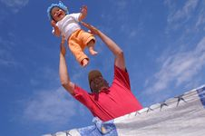 Free Baby And Sky8 Royalty Free Stock Photography - 6321537
