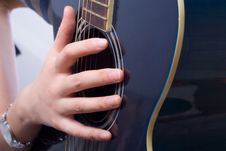Free Playing Guitar Royalty Free Stock Photography - 6321837