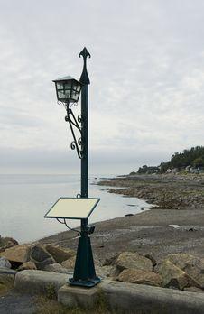 Free Sign Post Lantern Stock Image - 6324571