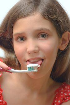 Free Beauty Teen Girl Clean Teeth Stock Photos - 6324573