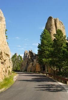 Free Granite Spires Along Needles Highway Royalty Free Stock Images - 6325209